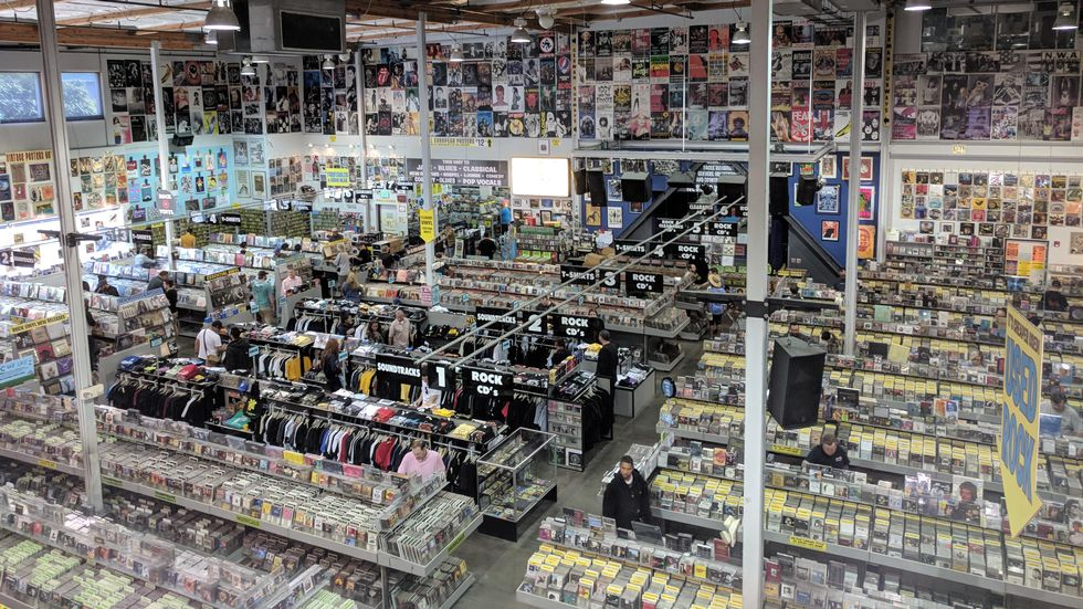 En av avdelingene til Amoeba Records in the US of A, noen enorme skattekister for nerder i alle aldre.                        (Foto: Scanpix)